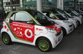 Mercedes-Benz slaví 10 let elektromobility v ČR