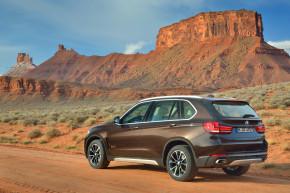 Prodejci BMW začali nabízet novou X5