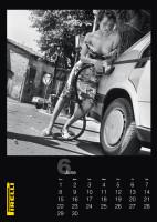 Kalendář Pirelli ukázal modelky z roku 1986