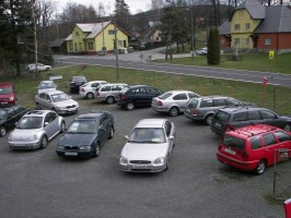 V prvním pololetí zkrachovalo 26 autobazarů