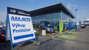 AAA Auto: 80 % klientů vybírá vozy na webu