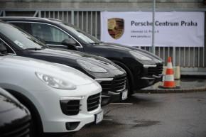 Porsche musí svolat tisíce vozů Cayenne