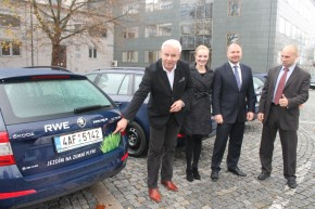 RWE Group took over the first 10 Octavias CNG in Prague