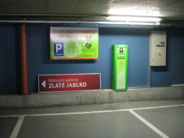 U stanic ČEZ loni zastavilo 36 tisíc elektromobilů