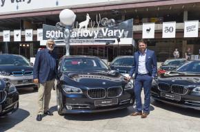 BMW předalo flotilu karlovarskému festivalu
