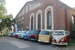 Procházka předvedl užitkové volkswageny v Bubenči