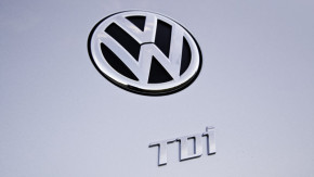 Germany dismisses report on VW emissions manipulation