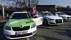 Jančura chce koupit 600 octavií na plyn