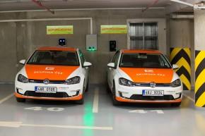Zaměstnanci ČEZ přesedlali na elektromobily