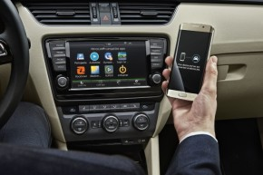 ŠKODA presents Wireless MirrorLink
