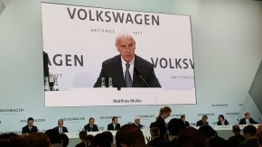 VW CEO eyes solid 2016 growth despite crisis