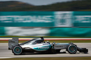Spies Hecker partnerem týmu Mercedes AMG