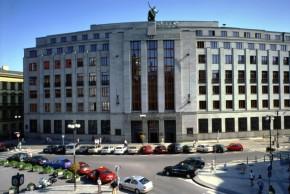 ČNB ukončila intervence, koruna posílila