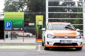 ČEZ má zelenou elektřinu pro elektromobily