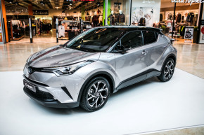 Toyota and Lexus open new dealerships in the CR