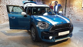 MINI launched new Countryman in Prague