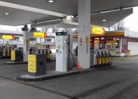 Bonett staví plničky CNG u hypermarketů