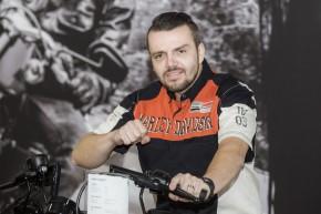 Dakarista Kvapil ambasadorem Harleye