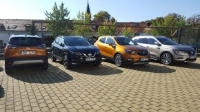 Czech journalists tested SUVs in Prague