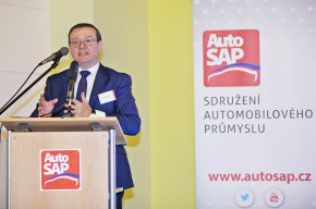 Czech R. will host the V4 Automotive Summit