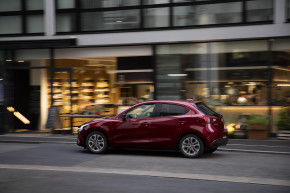 Mazda vyhlásila akci na model 2