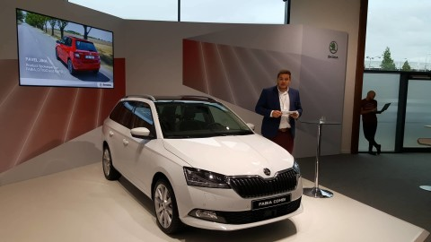 Škoda fabia 2018 letiště Jína