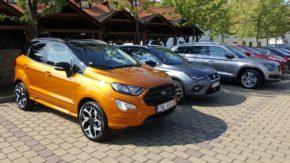 (Česky) SUV vozy otestovalo v Čertousích 30 novinářů
