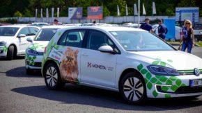 MONETA testovala elektromobily na autodromu