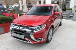 Mitsubishi prodala 200 000 Outlanderů PHEV