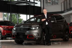 Marek Eben řídí 11. Citroën v řadě