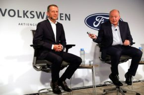 VW, Ford deepen ties with deal on EV, AV tech