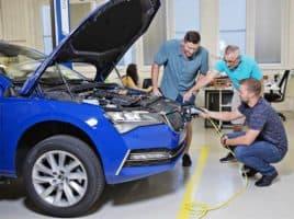 Škoda: zaměstnanci musí na školení elektromobility