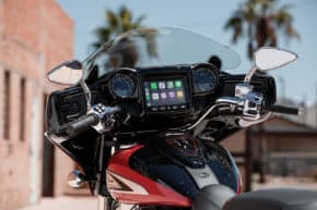 Indian Motorcycle integroval Apple CarPlay
