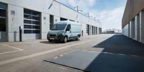 Peugeot představil elektrický e-Boxer