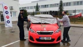 Kolínští hasiči jezdí v autech od TPCA