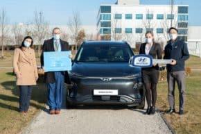 Hyundai daruje tři vozy univerzitám