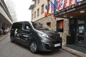 Peugeot prodal v Česku první e-Traveller